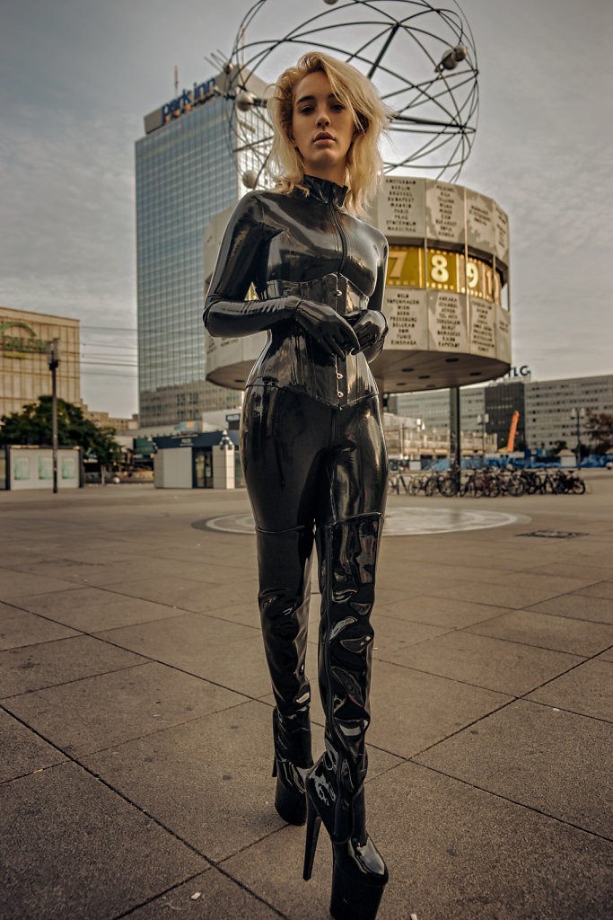 20200913-Berlin-Alex-Pixie-DSC09268-HQ.jpg
